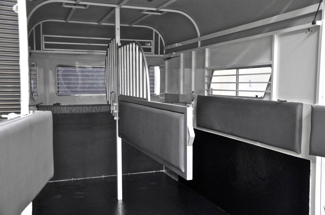 Discovery Horse Floats Best Floats Melbourne Australia